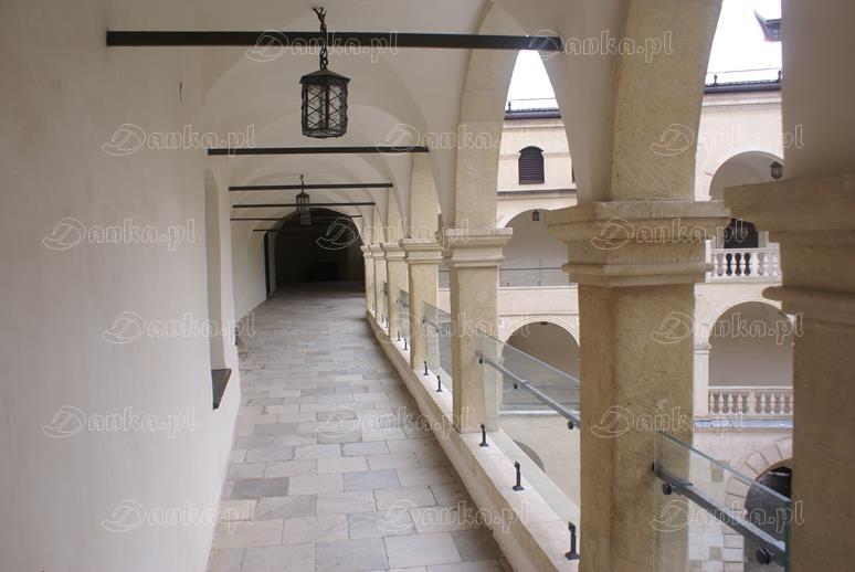 Zamek-na-Pieskowej-Skale-12-Danka